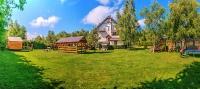 otoczenie domków i pensjonatu